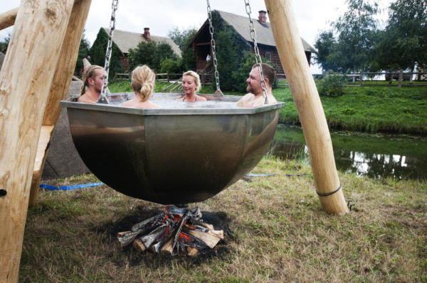 Heet bad voor in de tuin grappige plaatjes