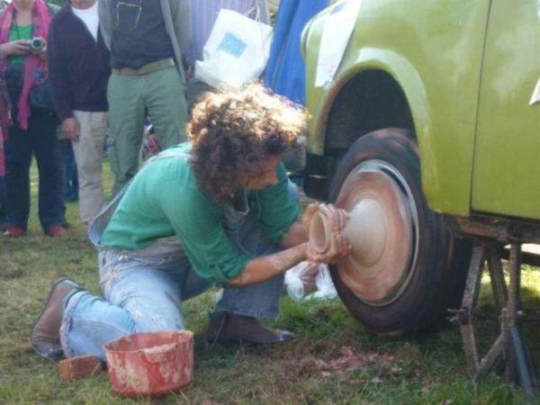 De pottenbakker en zijn bedrijfsauto