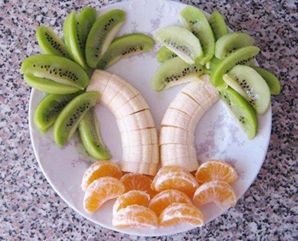 Tropisch geserveerd fruit