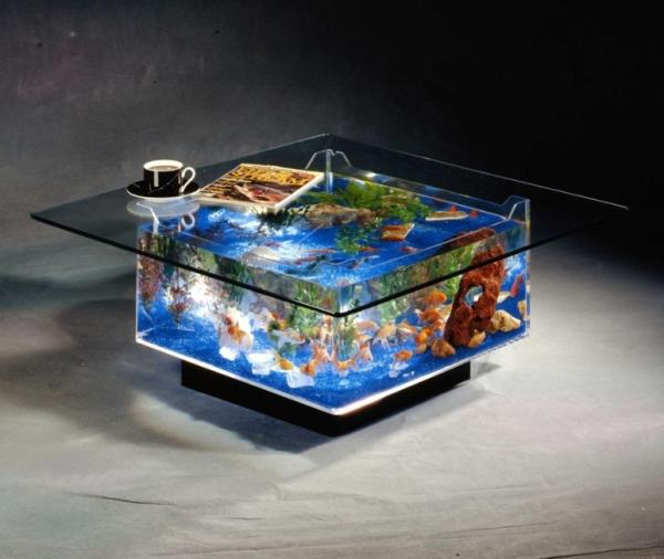 Aquarium in een salontafel   Grappige Plaatjes